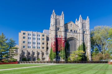 How an International Student Can Get into the University of USA